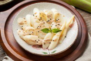 筊白筍料理-涼拌茭白筍沙拉(胡麻茭白筍)